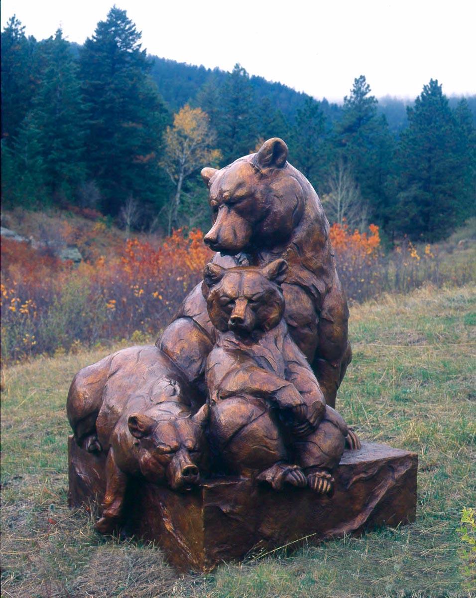 2000-Tres-Osos-Monument